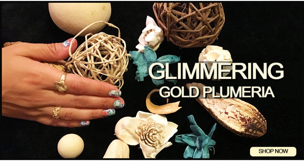 Glimmering Gold Plumeria